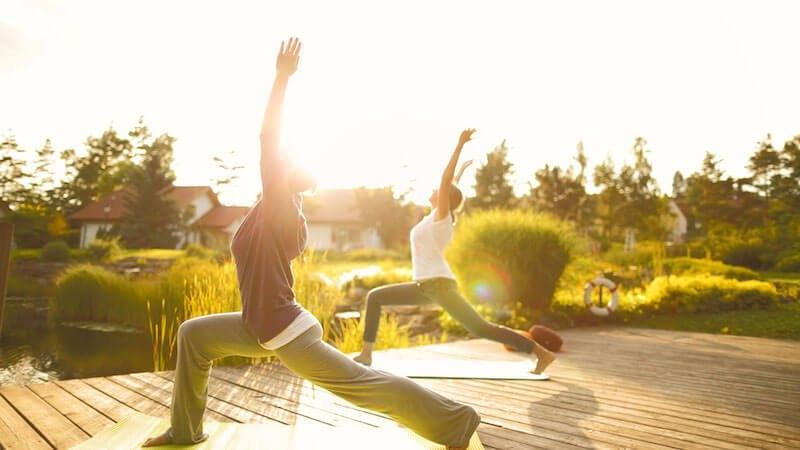 open-air-yoga-biohotel-sturm