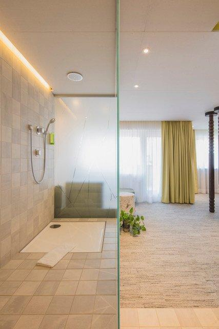 Shower at Creativhotel Luise