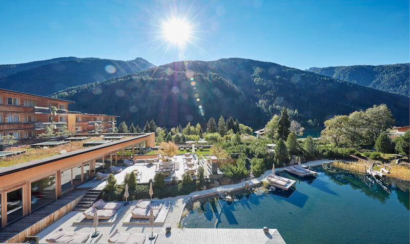 View of the South Tyrolean mountains and swimming pond © Arosea Life Balance Hotel